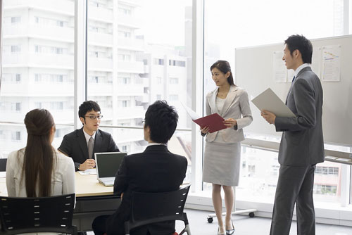Cell Phone Signal Jammers Help You During a Meeting